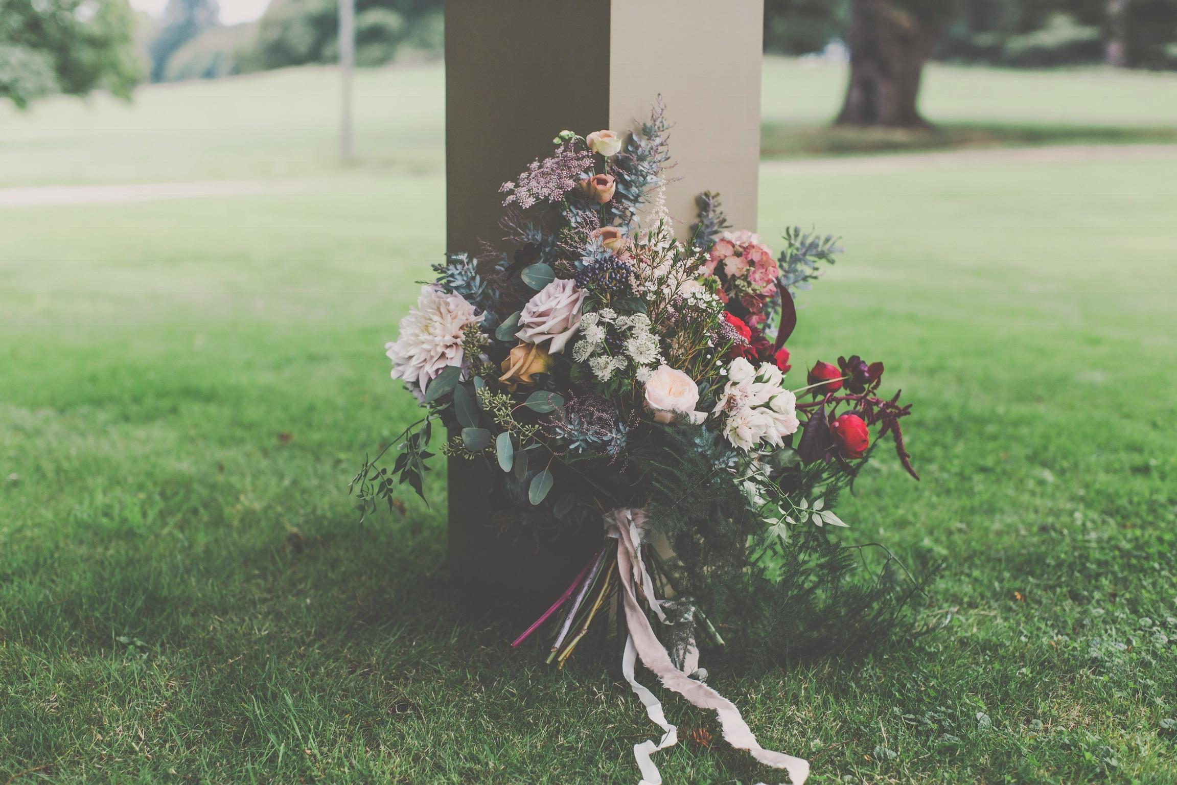 Saint Floral Autumn wedding flowers in newbury